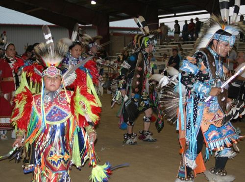 national-powwow-indian-dancing